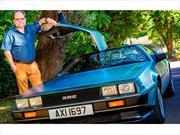 DeLorean supera la velocidad para viajar en el tiempo y consigue multa