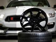 Ford Mustang Shelby GT350R 2016, el primer auto de producción con rines de fibra de carbono