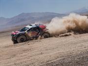 Dakar 2015: Carlos Sainz abandona y Al-Attiyah se mantiene en primero tras la quinta etapa