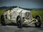 Este es el auto que ganó las 500 Millas de Indianápolis hace 100 años