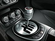 Por qué alguien compra un auto con caja manual en la actualidad según Jeremy Clarkson
