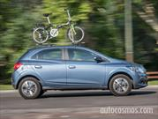 Prueba Chevrolet Onix AT y bicicleta plegable
