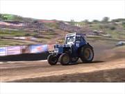 Video: Carrera de tractores en Rusia