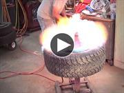 Video: cómo montar un neumático usando fuego