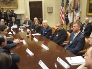 Trump se reúne con los CEOs automotrices