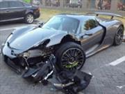 El primer Porsche 918 Spyder chocado