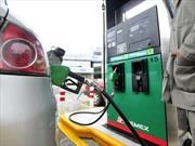 Ajuste diario del precio de la gasolina en México entra en vigor