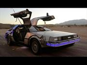 DMC DeLorean de Volver al Futuro sale a la venta en eBay