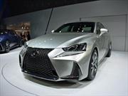 Lexus IS 2017, renuevan al sedán japonés