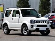 Suzuki estrena en Chile el renovado Jimny 2013