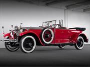 Rolls-Royce 1925 armado hasta con una ametralladora