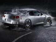 ¿Es conveniente lavar el carro con agua de lluvia?