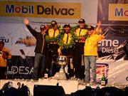 Juan Carlos Galindo, tetracampeón del GP Nacional de Tractomulas