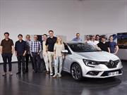 "Autocar Awards 2016:Laurens Van Den Acker ""Diseñador del Año"""