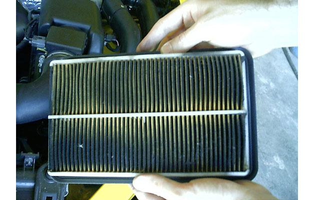 ¿Cada cuándo debo cambiar el filtro de aire de mi auto?