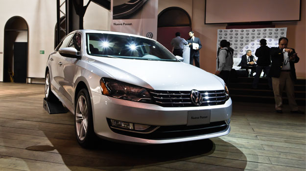 Volkswagen Passat 2012 llega a M&#233;xico desde 299,900 pesos