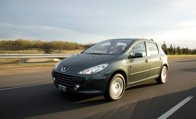 """Peugeot 307 """"La Dolfina"""": exclusividad y refinamiento"""