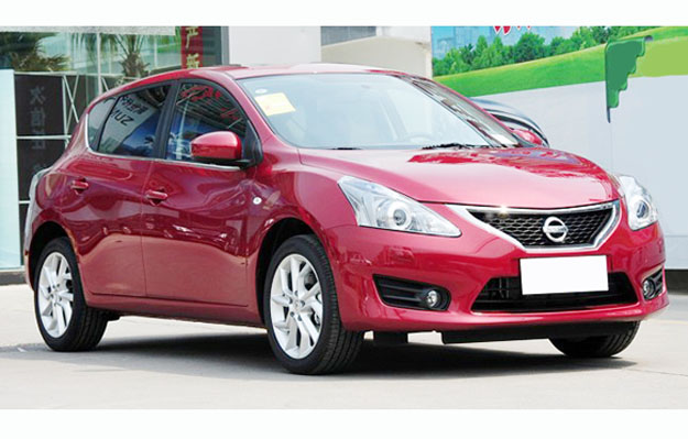 Nuevo Nissan Tiida 2012: Fotos exclusivas