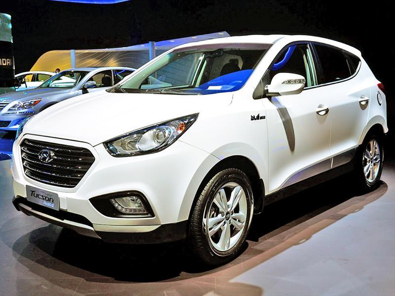 Salón de Los Ángeles 2013 - Hyundai Tucson Fuel Cell 2015 se