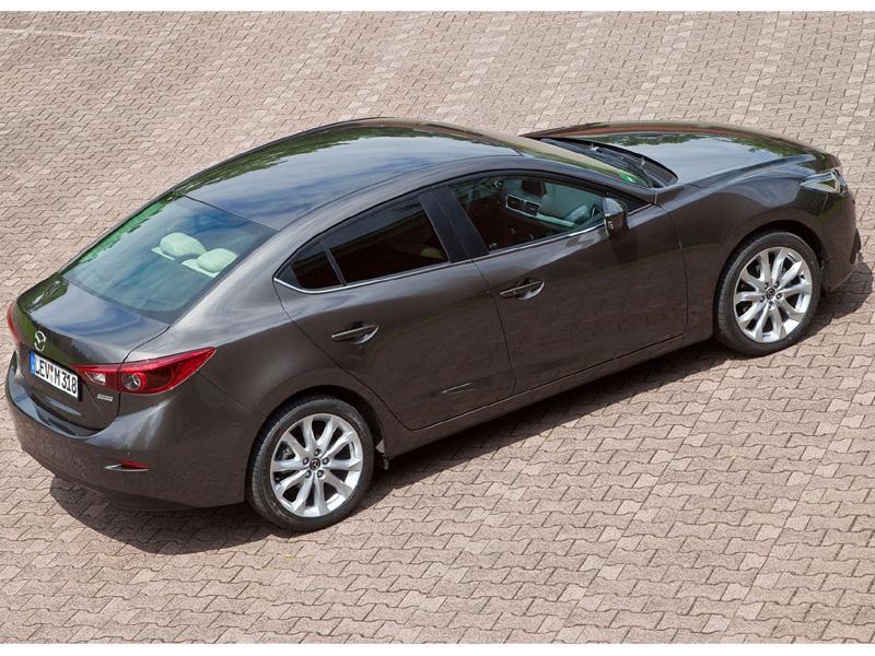 Mazda3 2014 sedán, primeras imágenes - Autocosmos.com