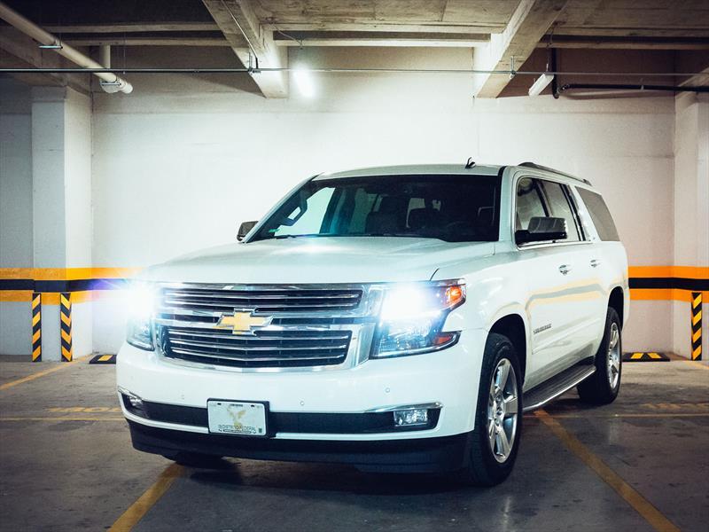 Chevrolet Suburban 2015 a prueba en México - Autocosmos.com