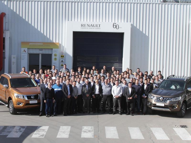 El ministro de Producción visitó la planta cordobesa de Renault-Nissan