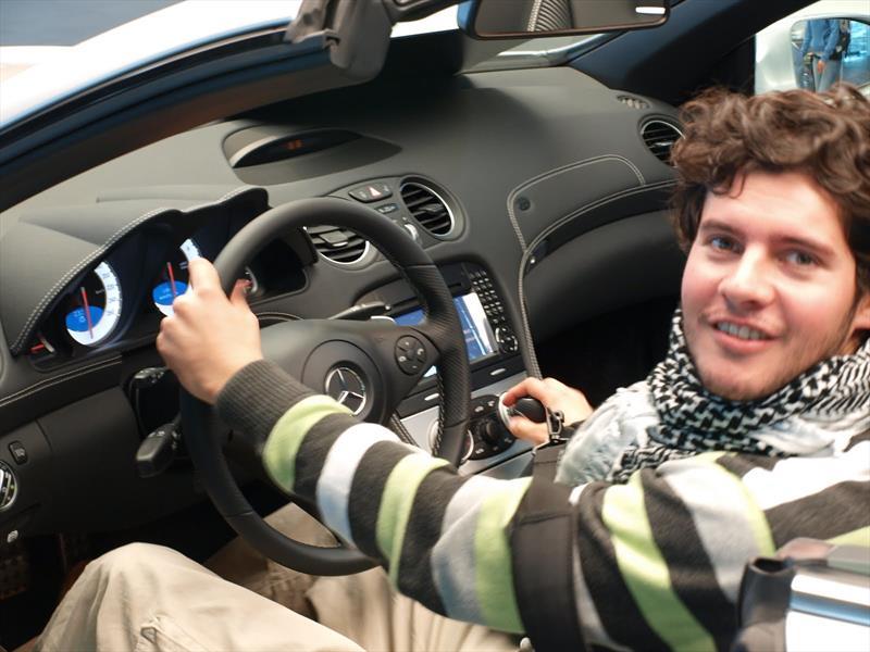 Comportamiento de los clientes ante la compra de un auto for Compra de comedores nuevos
