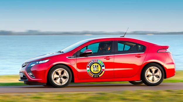 Opel Ampera y Chevrolet Volt elegidos Car of the Year 2012