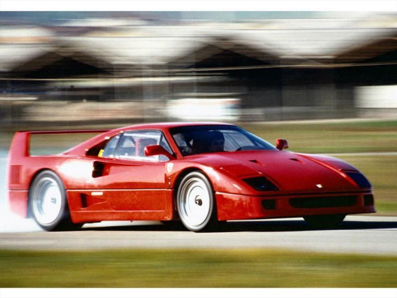 Ferrari F40, el auto más rápido de la década de 1980, cumple 30 años
