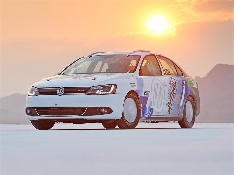 Volkswagen Vento híbrido establece récord de velocidad