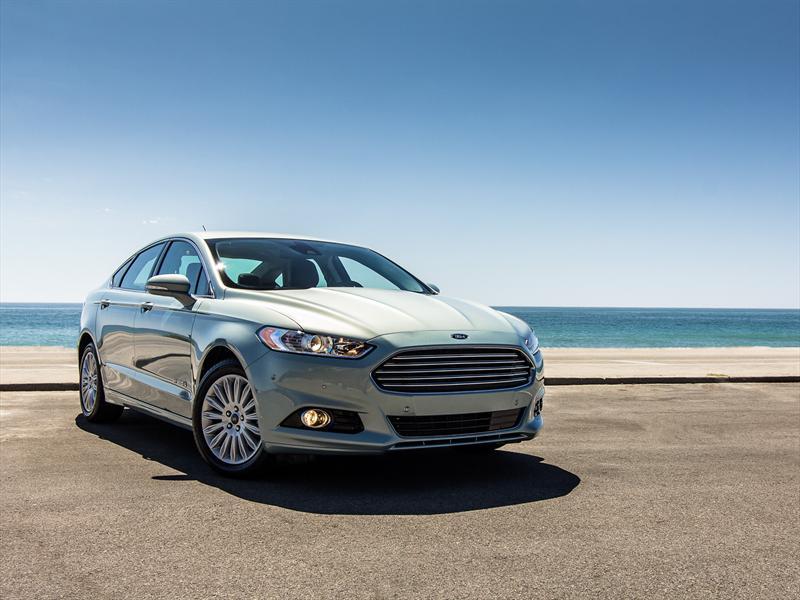 Ford Fusion 2013, llegará a México desde 320 a 450 mil pesos