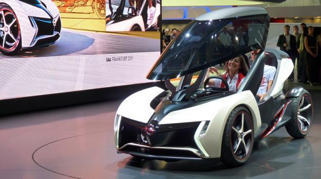 Opel Rak e Concept: El auto-moto alemán