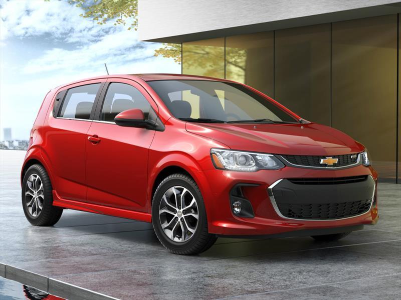 Chevrolet Sonic 2017 evoluciona y se exhibe en N.Y.