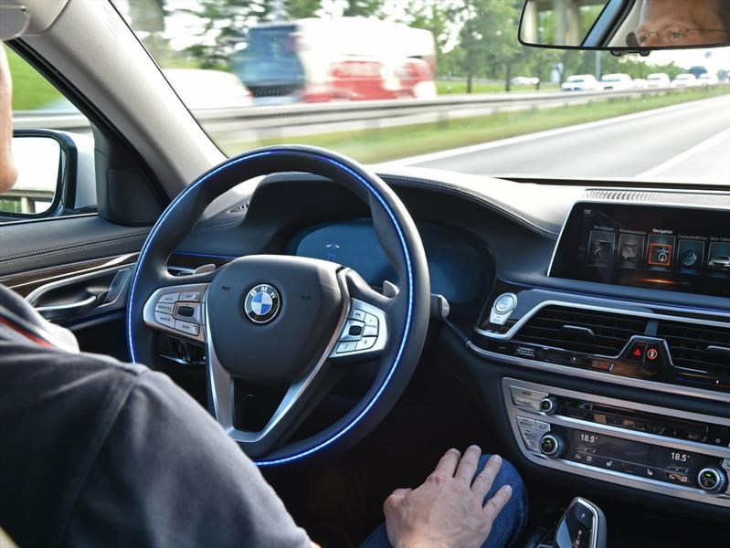 BMW, FCA,Intel y Mobileye tendrán plataforma de conducción autónoma