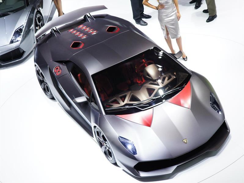 Sale a la venta un Lamborghini Sesto Elemento