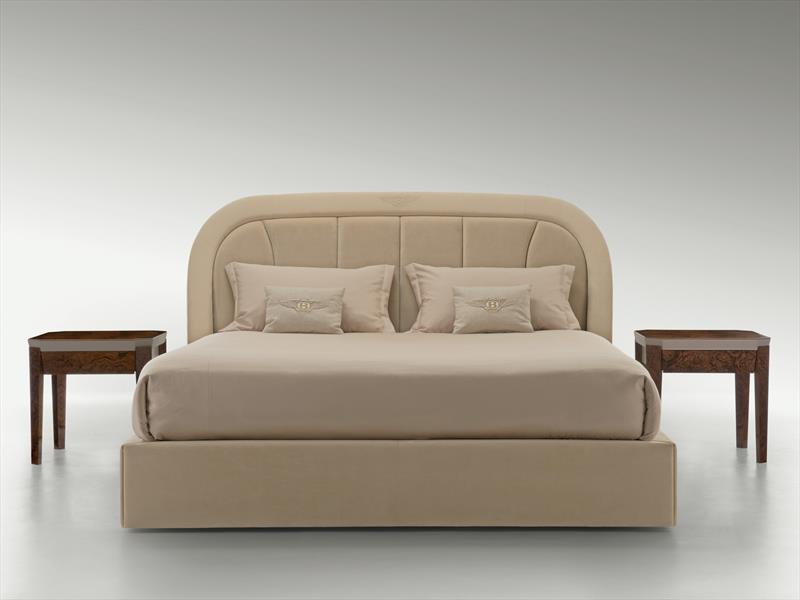 Bentley presenta su nueva línea de muebles - Autocosmos.com