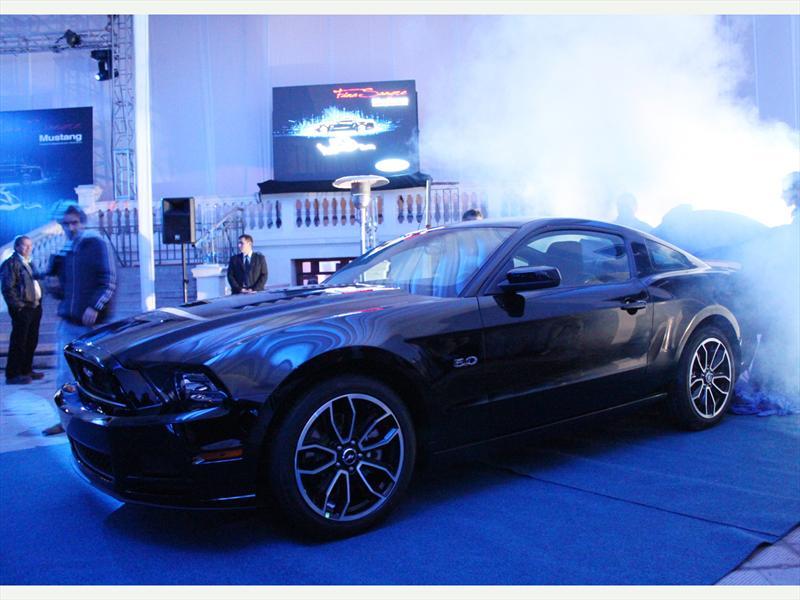 Ford Mustang 2013: Ya está en Chile