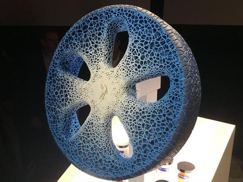 Video: Michelin muestra una rueda orgánica e imprimible