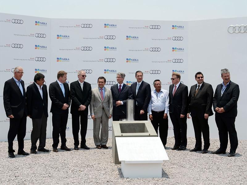 Audi Coloca La Primera Piedra De Su Planta En Puebla