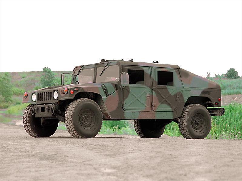 25 Humvees del ejército de Estados Unidos a subasta