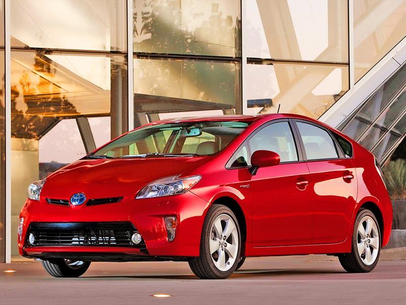 Toyota Prius: Llamado a revisión de 1,9 millones de unidades, 168 de ellos en Chile