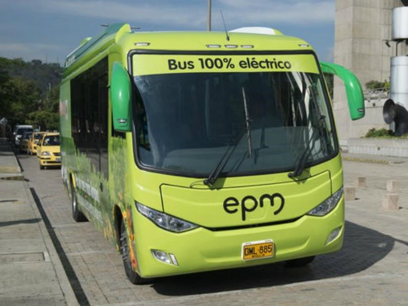 Medellín se une a la moda de los buses eléctricos
