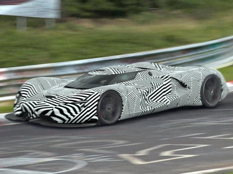 ¿Por qué los autos prototipo son cubiertos con camuflaje ? (Video)