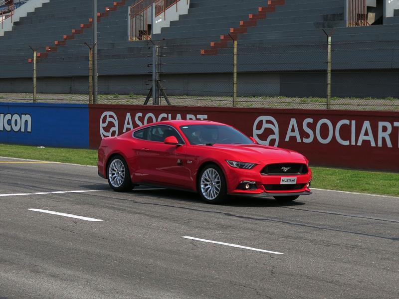 Todo sobre el lanzamiento del Mustang en Argentina