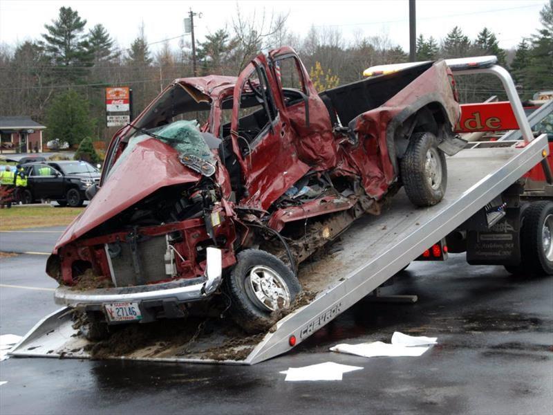 La mayoría de los accidentes viales mortales implican un solo automóvil