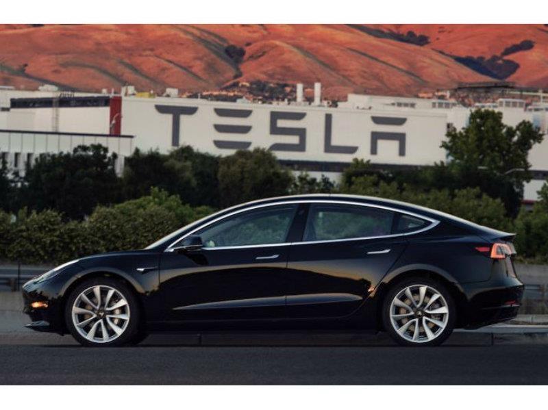Tesla comienza con la producción del Model 3