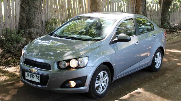 Prueba al Chevrolet Sonic Sedán 1.6 Automático: Reinvención - Autocosmos.com