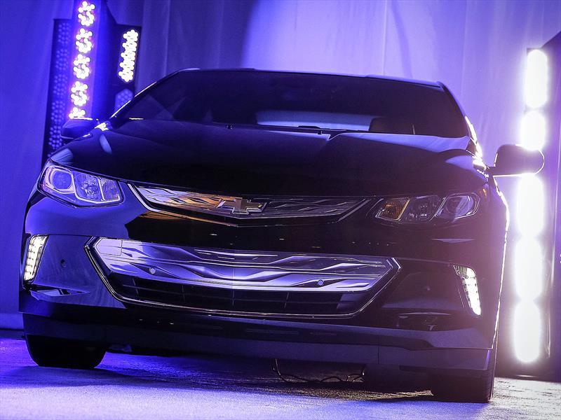 Chevrolet Volt 2015 se presenta