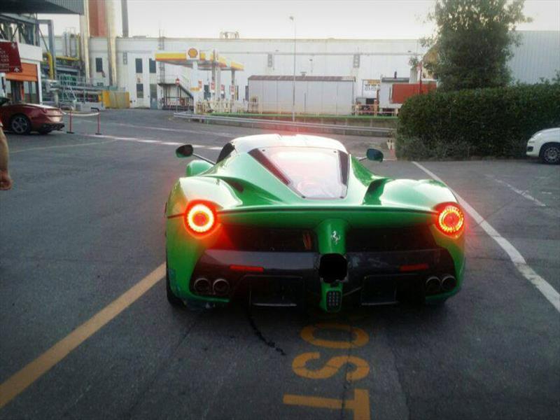 El Ferrari LaFerrari verde de Jamiroquai: excentricidad pura