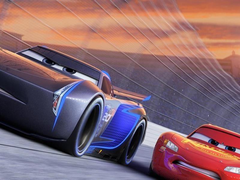 Conoce a los nuevos protagonistas de Cars 3
